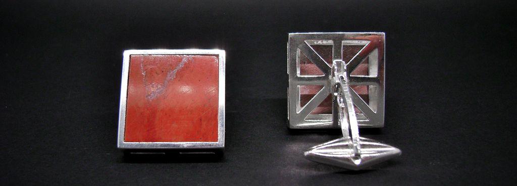 Gemelli quadrati con marmo rosso